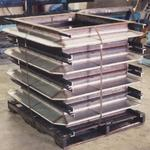 Stainless steel and hot-rolled steel expansion joints